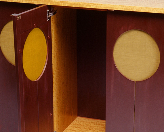 Balloon cabinet - interior detail